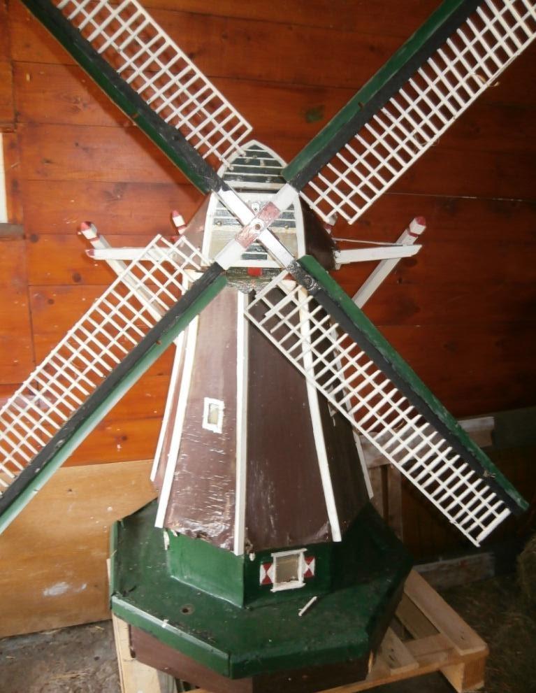 151. Houten molen, opknapper